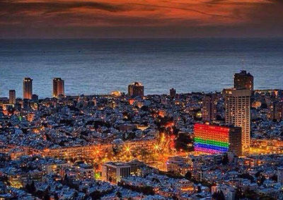 tel_aviv_city_hall_lit_rainbow_flag_colo