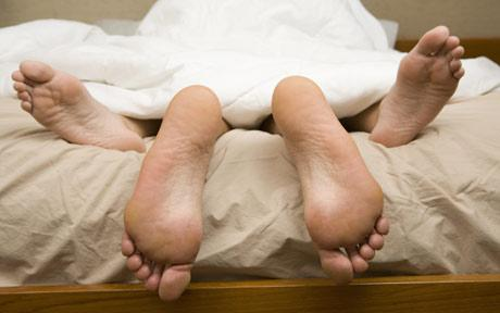 feet_1579103c