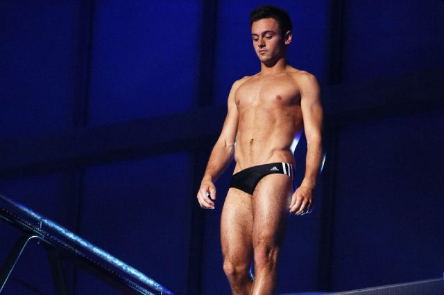Tom-Daley-prepares-to-dive