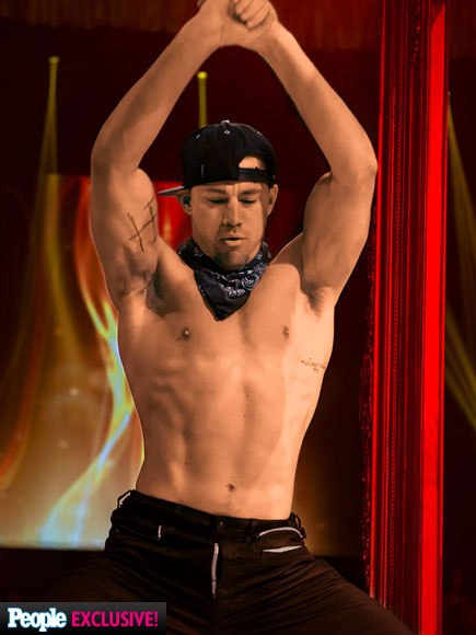 magic-mike-435x580