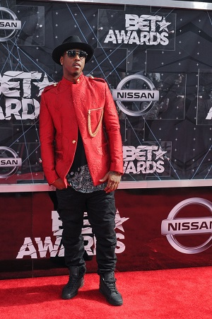 06/28/2015 - Jeremih - 2015 BET Awards - Arrivals - Microsoft Theater - Los Angeles, CA, USA - Keywords: full length, singer Orientation: Portrait Face Count: 1 - False - Photo Credit: Aaron J. Thornton / PR Photos - Contact (1-866-551-7827) - Portrait Face Count: 1